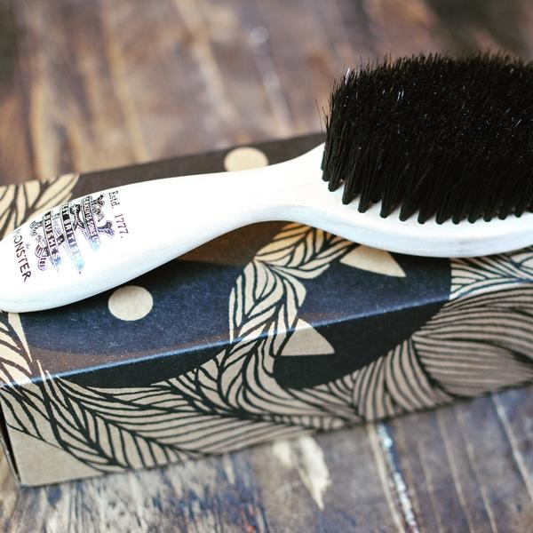 Kent 'The monster' Beard Brush - Haute Elan