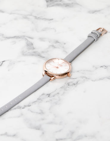 Light grey leather strap watch - Haute Elan