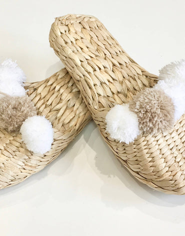 HAND MADE STRAW SLIPPERS BEIGE