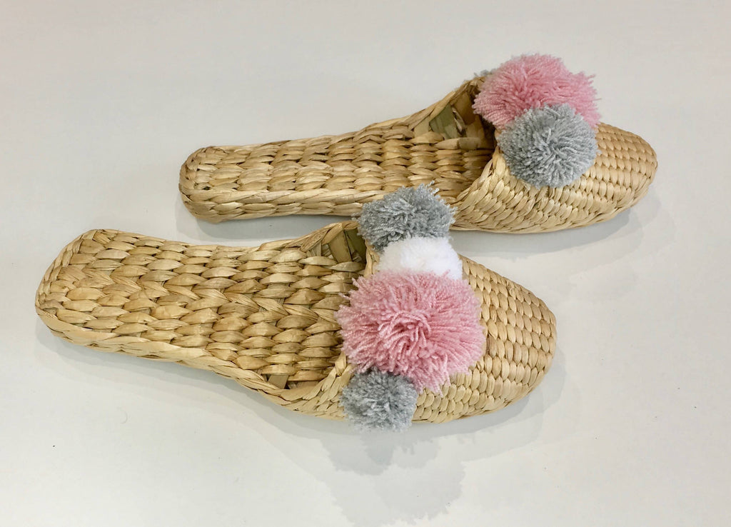HAND MADE STRAW SLIPPERS PINK