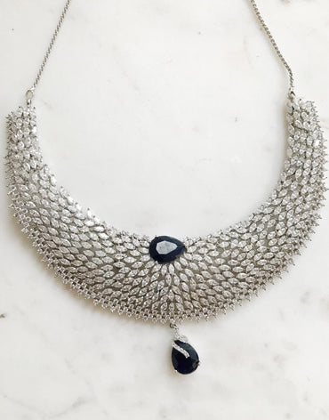 Detailed Diamond Fresh Water Pearls Necklace