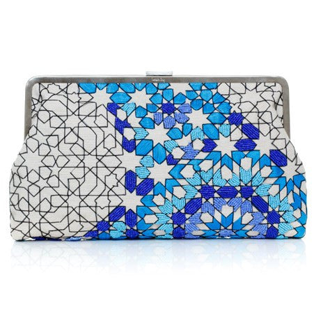 Arabesque Ocean Clutch Me