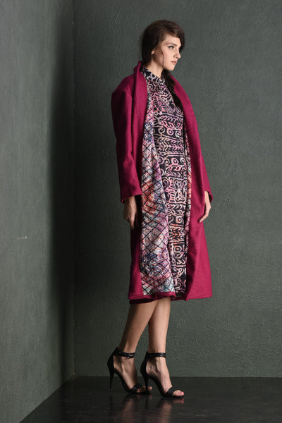 Queen pink front open wool coat