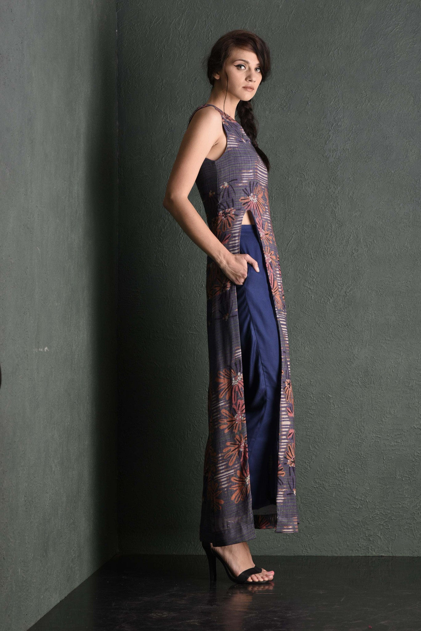 Tanami Printed Slit Maxi Dress