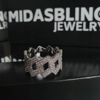 Prong Ring - Gold/White Gold