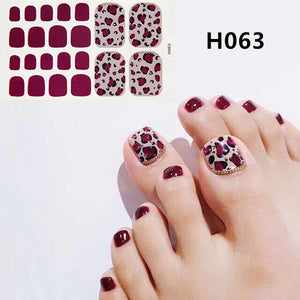 2020 New Designs Foot Toe Nail Sticker Fashion Nail Art Polish Full Cover Waterproof Adhesive Foil Stickers Manicure Predesigned