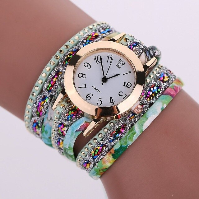 Fashion Women Watch Rhinestone Rivet Strap Round Dial Quartz Wristwatch Quiet Movement Business Casual Alloy Watch