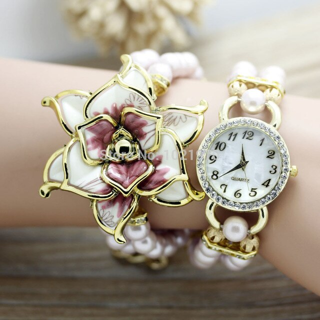shsby New Fashion Women dress Watches Ladies pearl chain white flower bracelet quartz wristwatches Women Rhinestone Watches