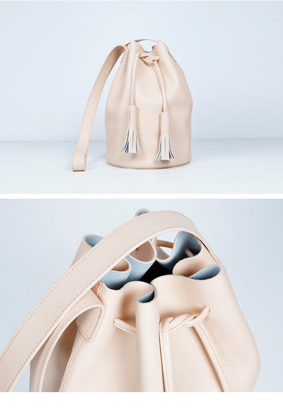 Signature Leather Bucket Bag - Alison Sman - 3