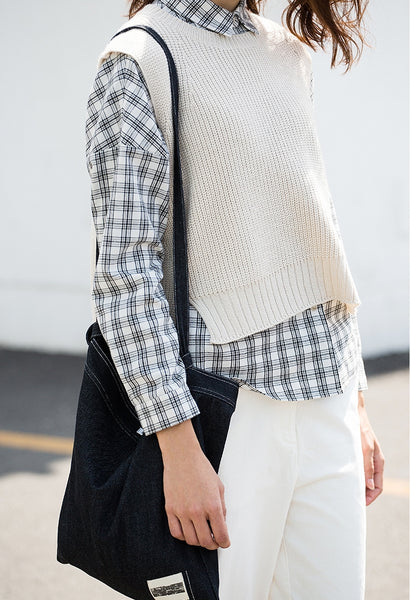 Sleeveless Cropped Sweater