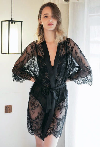 Elysees Lace Robe