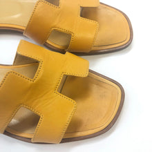 Load image into Gallery viewer, HERMES Oran Classic Sandals
