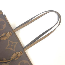 Load image into Gallery viewer, LOUIS VUITTON onthego Reverse Tote
