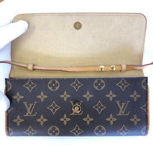 Load image into Gallery viewer, LOUIS VUITTON Pochette Twin Monogram Bag