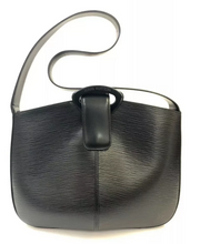 Load image into Gallery viewer, LOUIS VUITTON Reverie Epi Leather Shoulder Bag