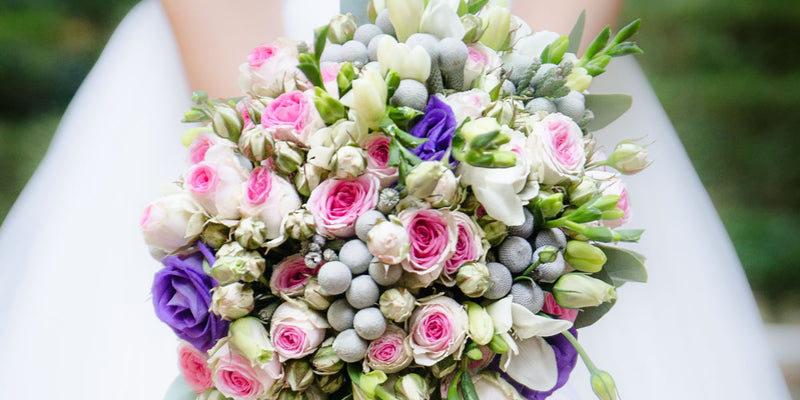 Seamlessly Alluring Spring Wedding Bouquets that Are Sure to Tickle Every Bride's Fancy