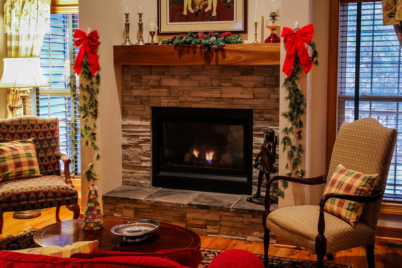 Tip of the Week: Dressing up your mantel for the season