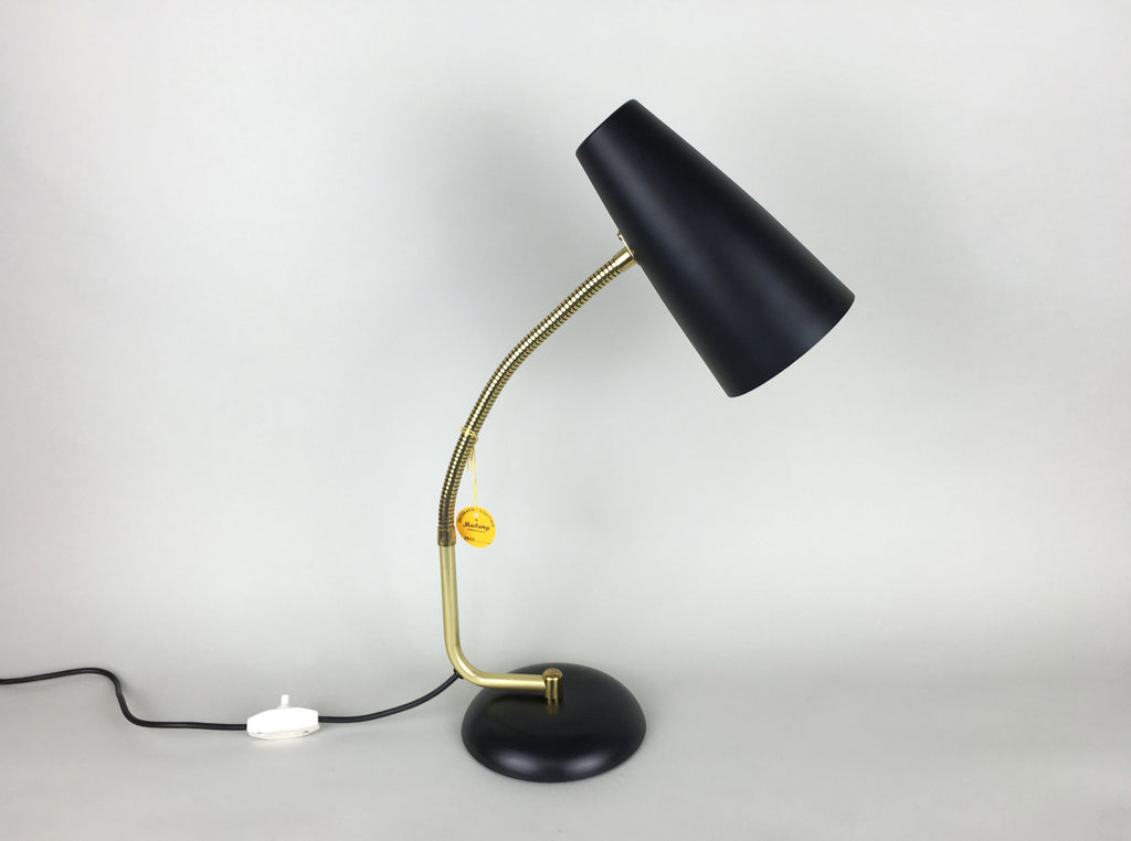 Mid century table lamp by Maclamp - eyespy