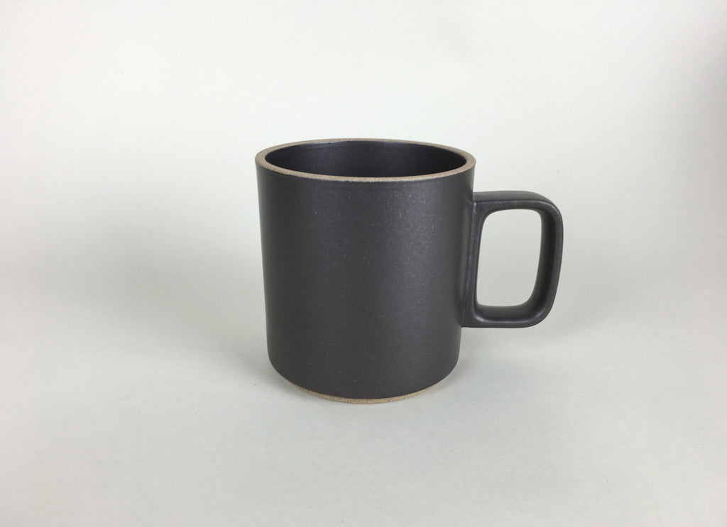 Hasami Porcelain Mug Medium - Black - eyespy