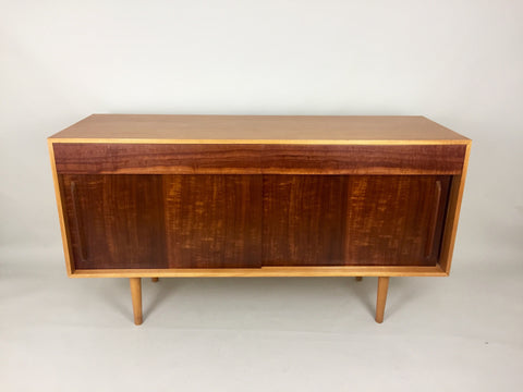 Hilleplan Unit B sideboard by Robin Day for Hille, 1950s