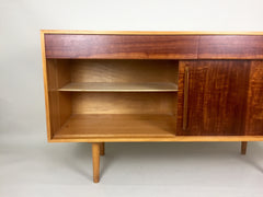 Hilleplan Unit B sideboard by Robin Day for Hille, 1950s - eyespy