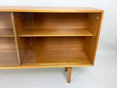 Hilleplan Unit B bookcase by Robin Day for Hille, 1950s - eyespy