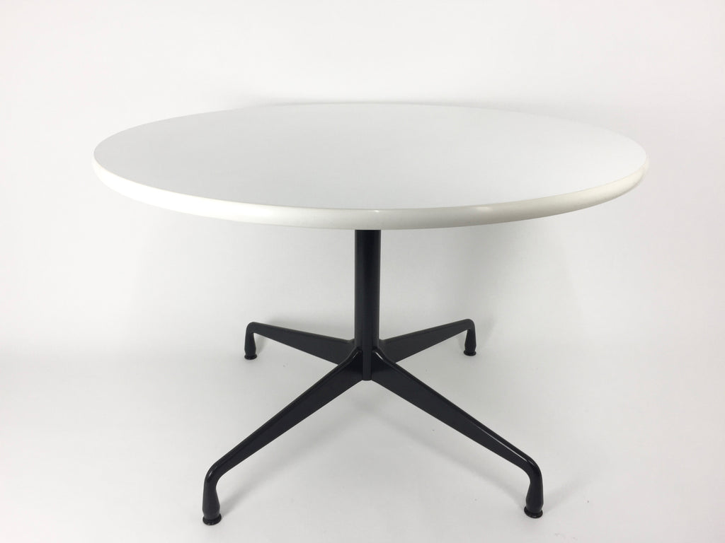 Vitra Contract Table 110cm - eyespy