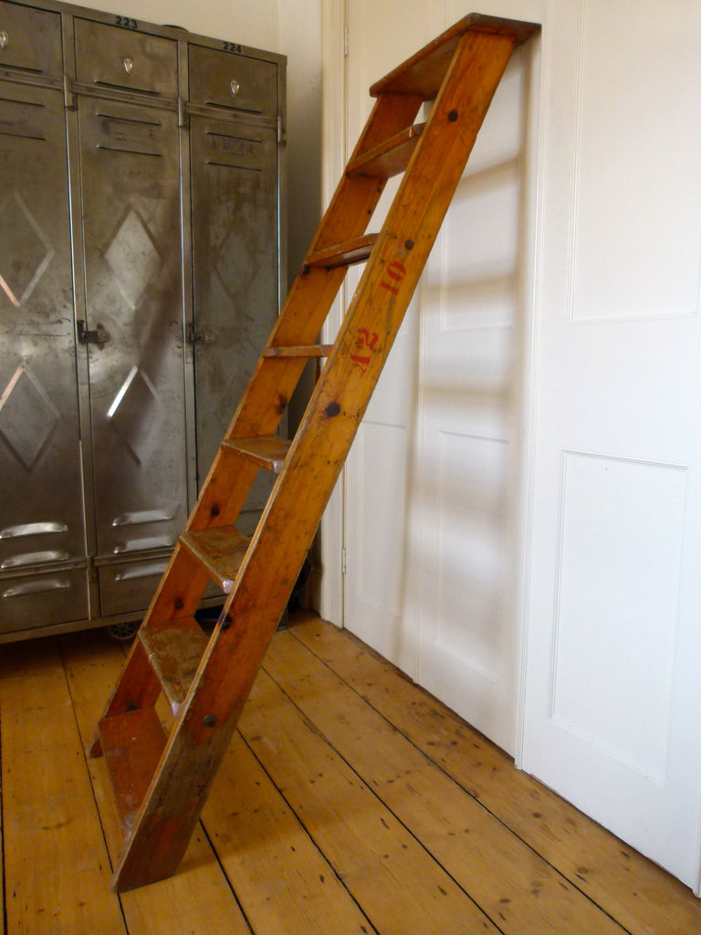 Vintage step ladder - eyespy