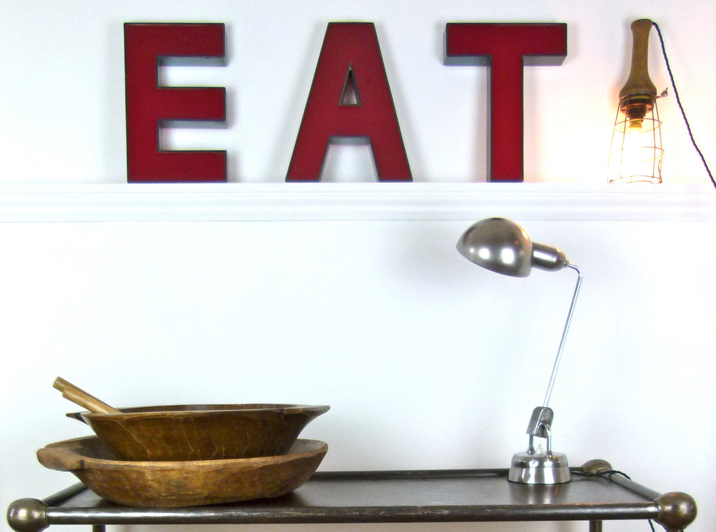 Vintage shop sign letters - 'EAT' - eyespy