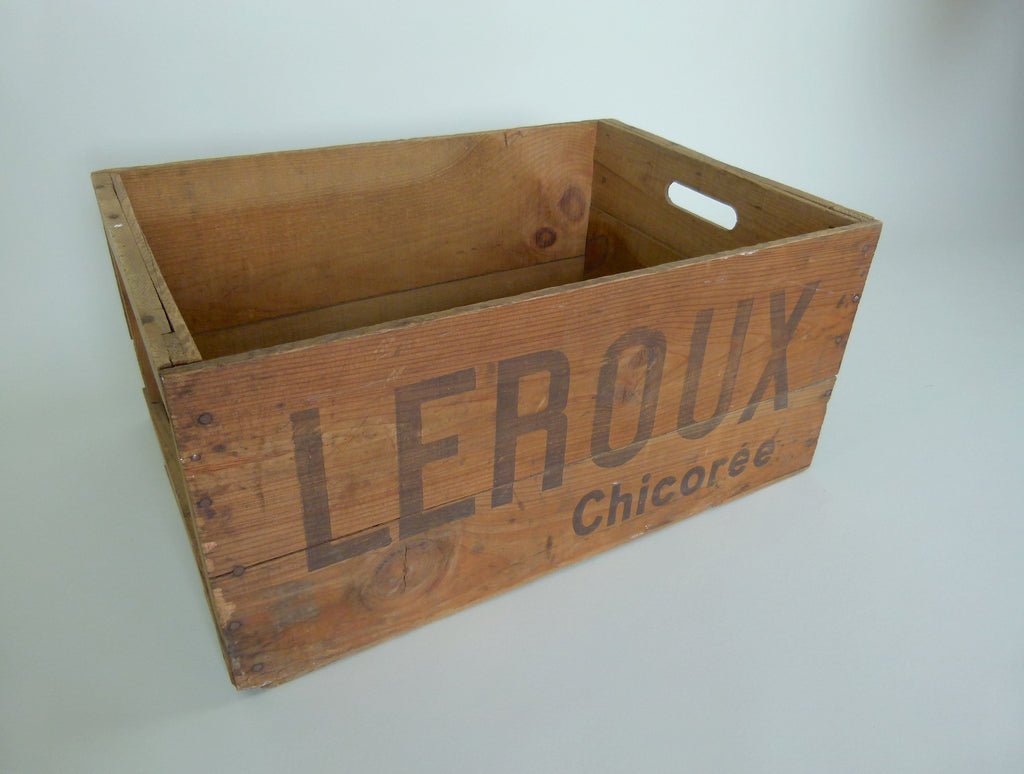 Vintage French Leroux wooden storage crate - eyespy