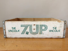 vintage US soda crate from eyespystore - 7Up the uncola