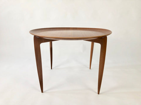 Tray Table By Svend Age Willumsen & Hans Engholm For Fritz Hansen