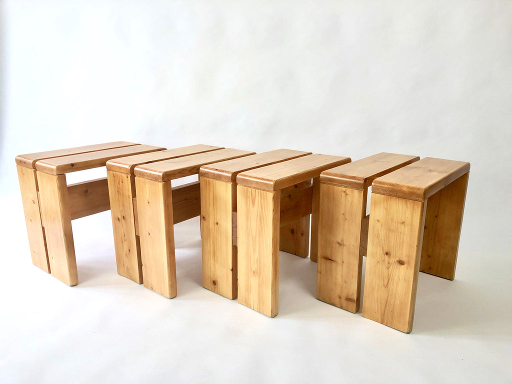 Set of 4 pine 'Les Arcs' stools / side tables by Charlotte Perriand - eyespy