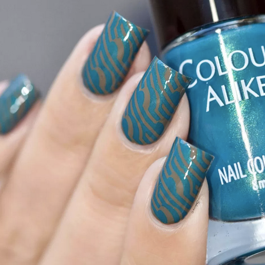 Colour Alike stamping polish - Cozy Blanket