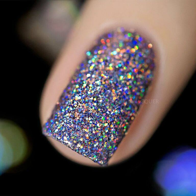 Nail Lacquers - THE ART OF SPARKLE