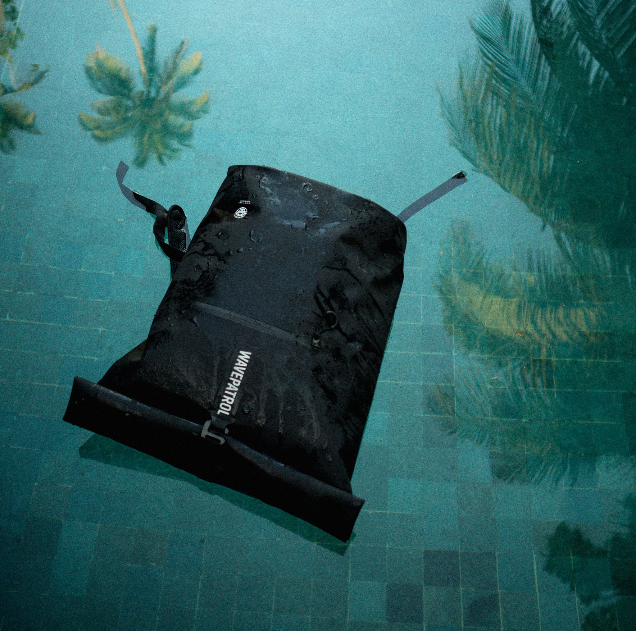 DRY BAG BACKPACK RECYCLED 35-45L - WAVEPATROL