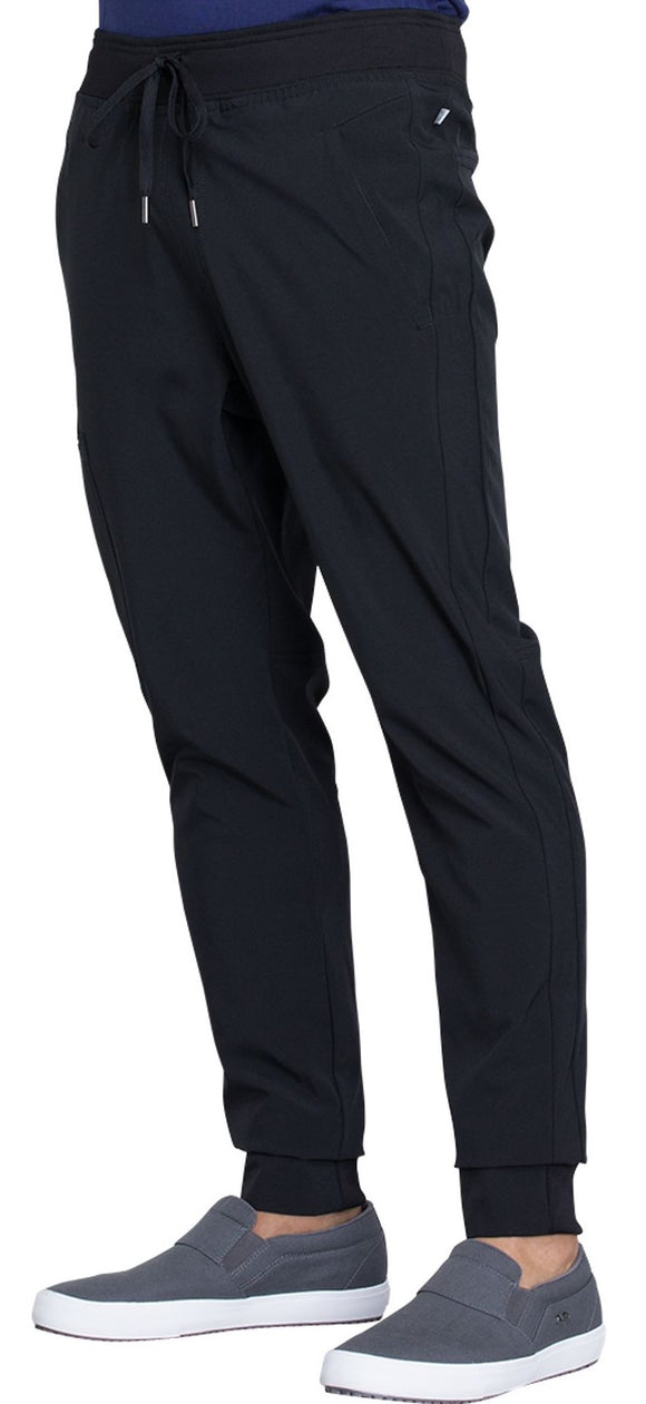 Stylish and super comfortable, this men's jogger pant features a natural rise.