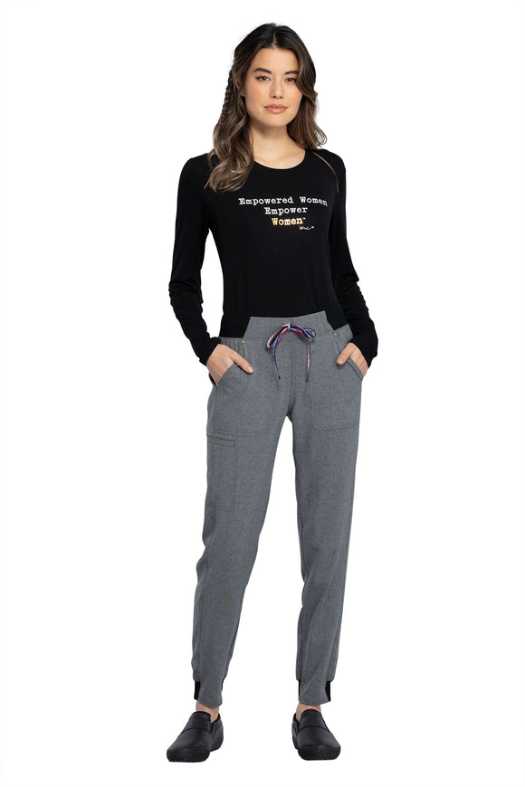 Combining comfort and style, this mid rise, pull on jogger is the perfect addition to any work wardrobe.