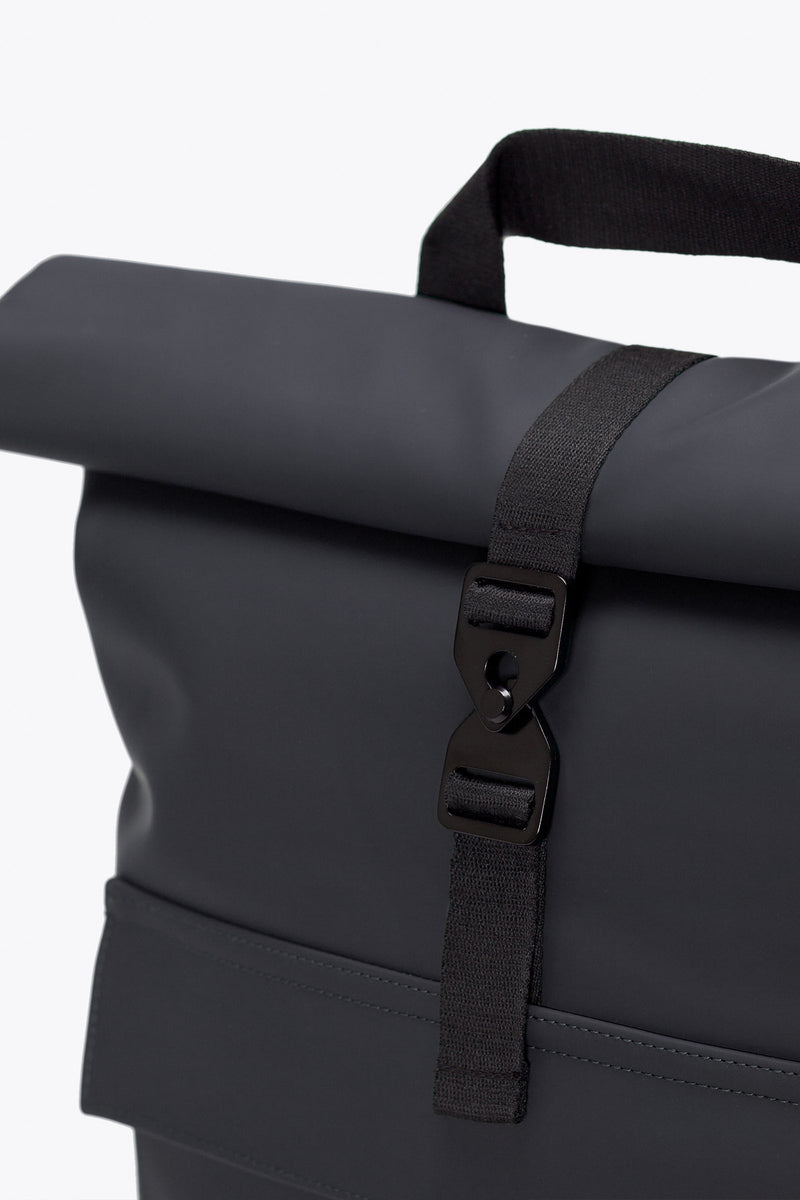Ucon Acrobatics Jasper Black Backpack