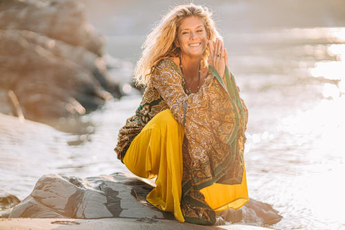 Auckland: BRING A FRIEND FOR FREE- Community Event with Rachel Hunter - Freeman's Bay Community Hall - April 26 - 6:30pm-8:00pm