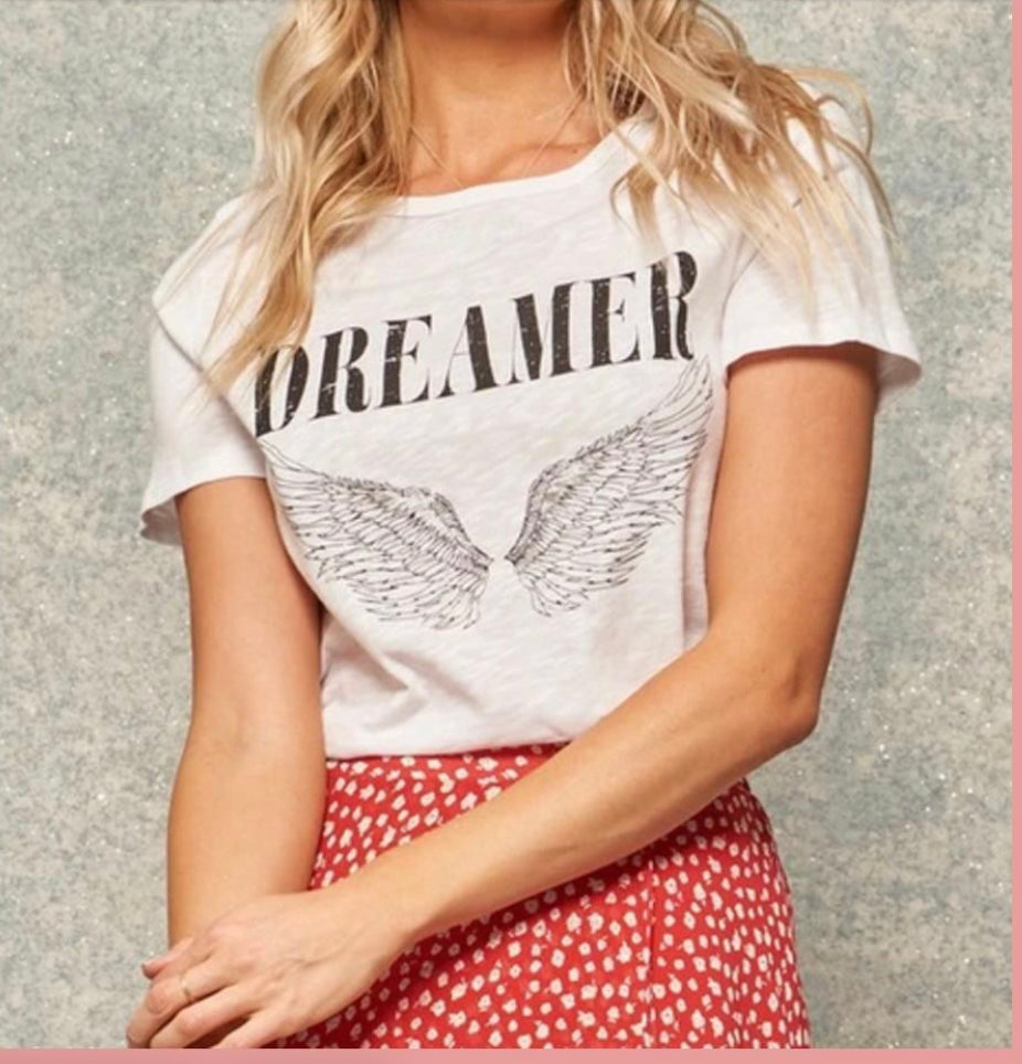 Dreamer Graphic Tee - Lola Boutique