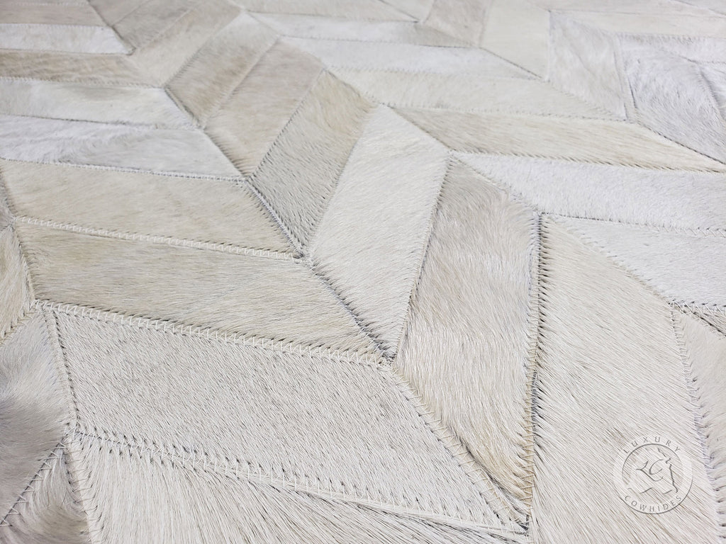 CHEVRON COWHIDE DESIGNER RUG, OFF WHITE