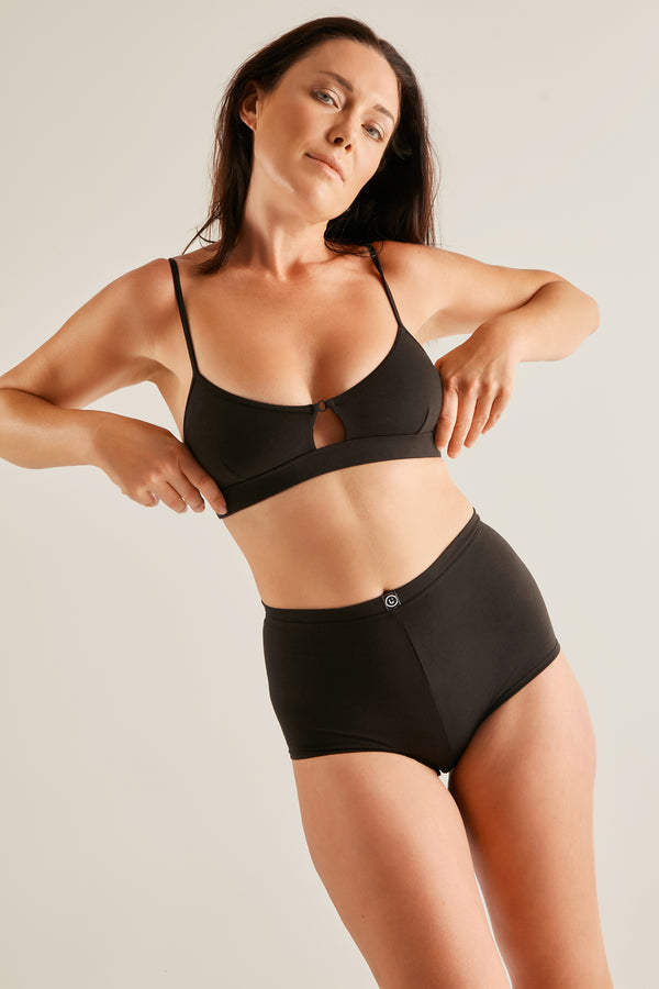 The Ease Bra - Black