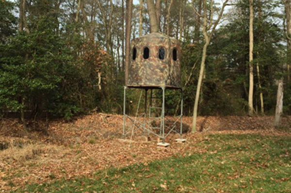 Maverick 6-Shooter Deer Blind in Brown with Clear Windows