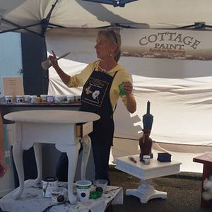 Learn how to chalk paint Workshops