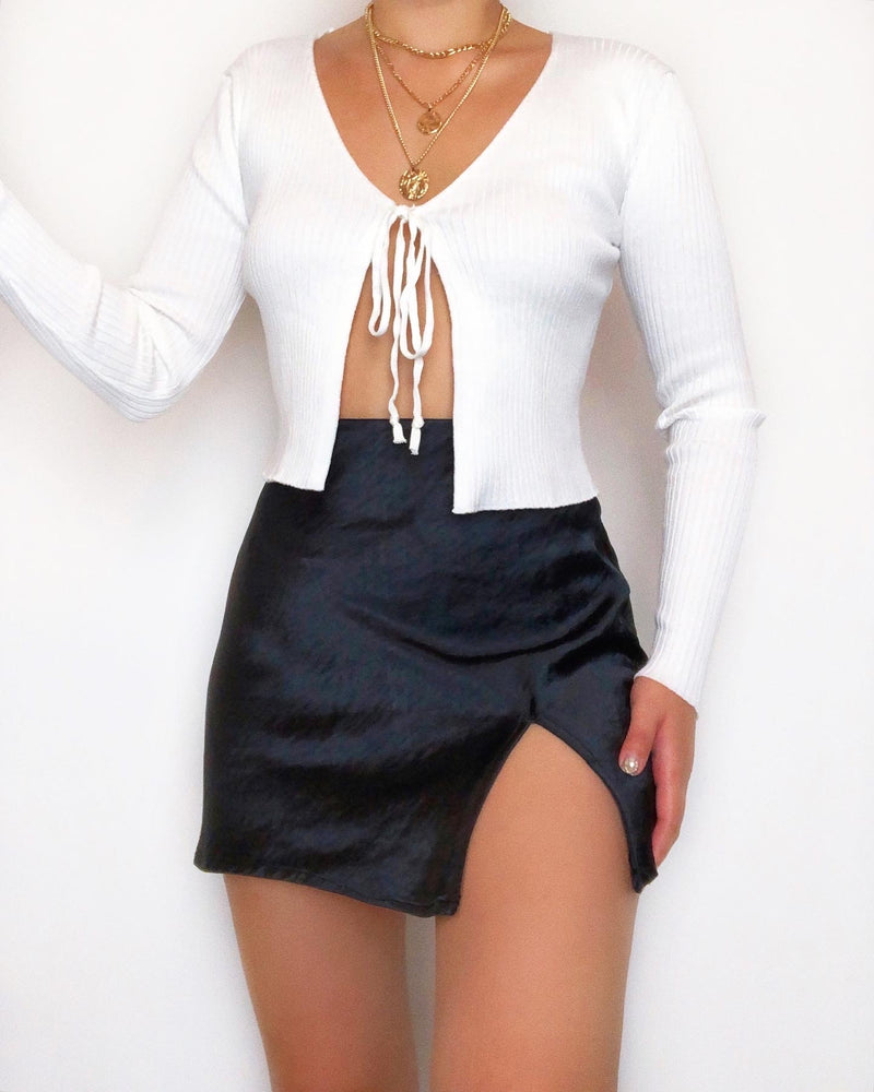 Huge Mood Tie Crop Top - White - Kameli Boutique