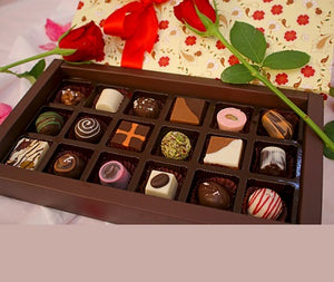 Lots Of Chocolates - florista-in
