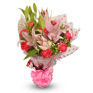 Carnations & Lilies bunch - florista-in