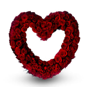 Red heart wreath - florista-in