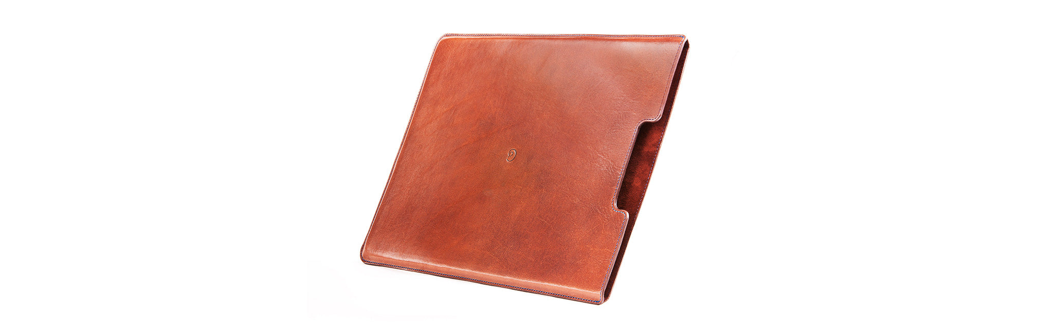 Leather sleeve in dark brown